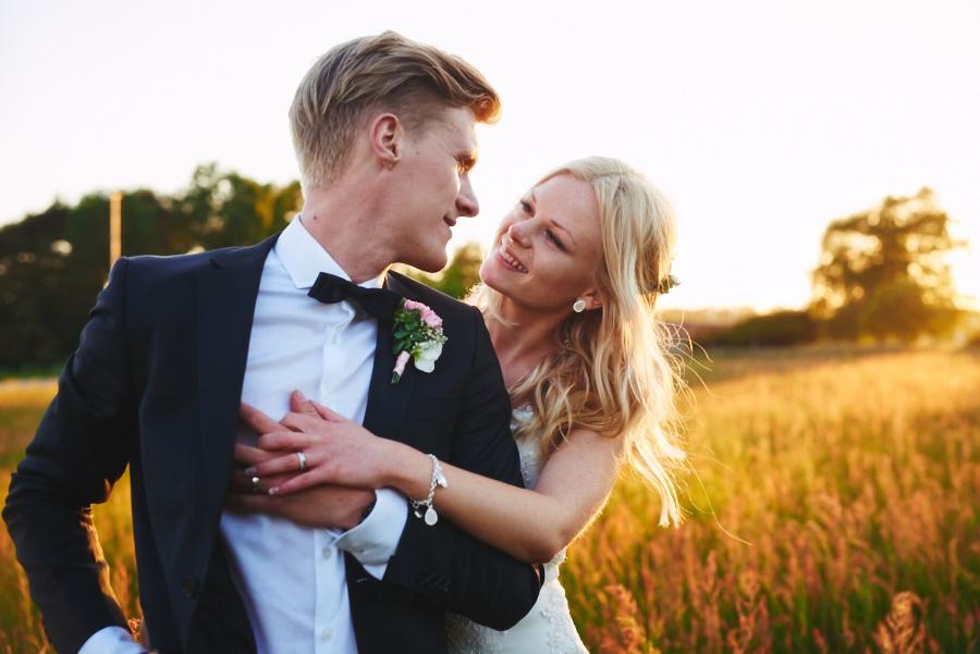 bröllopsfotograf halmstad annies gård solnedgång