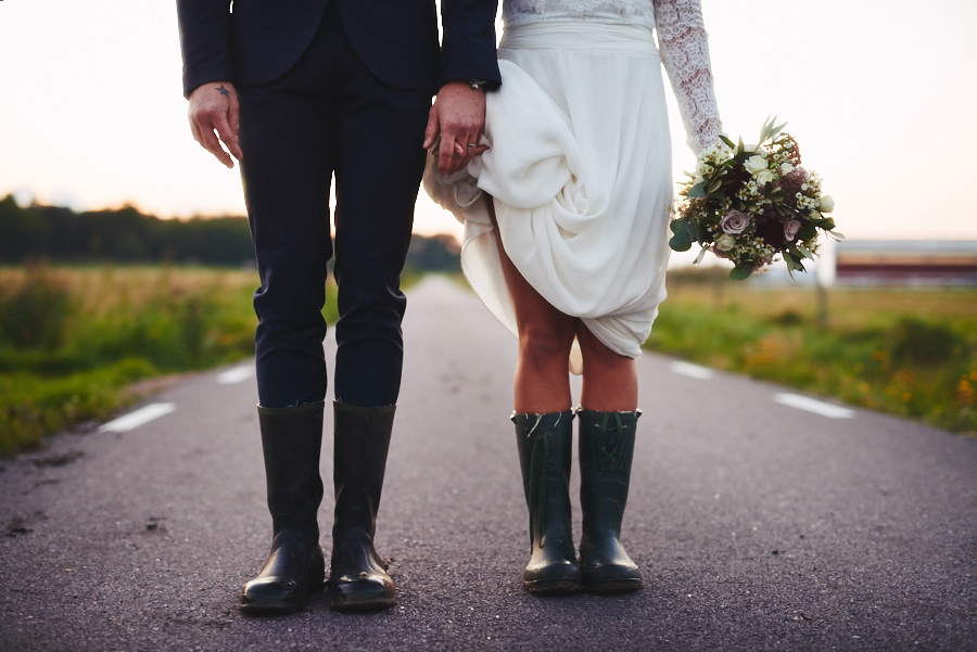 bröllopsfotograf boho bohemiskt göteborg solnegång gummistöv