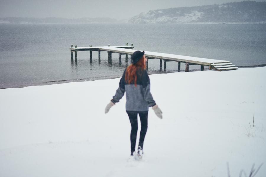 Porträttfotograf modefotograf snö hovås rödhårig